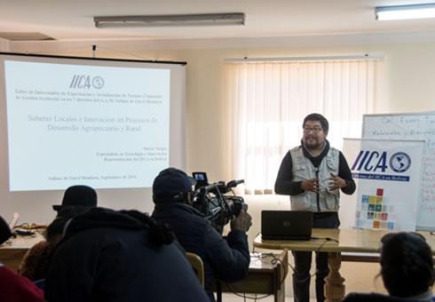Autoridades de las Comunidades de Salinas de Garci Mendoza en Bolivia intercambian experiencias sobre normas comunales